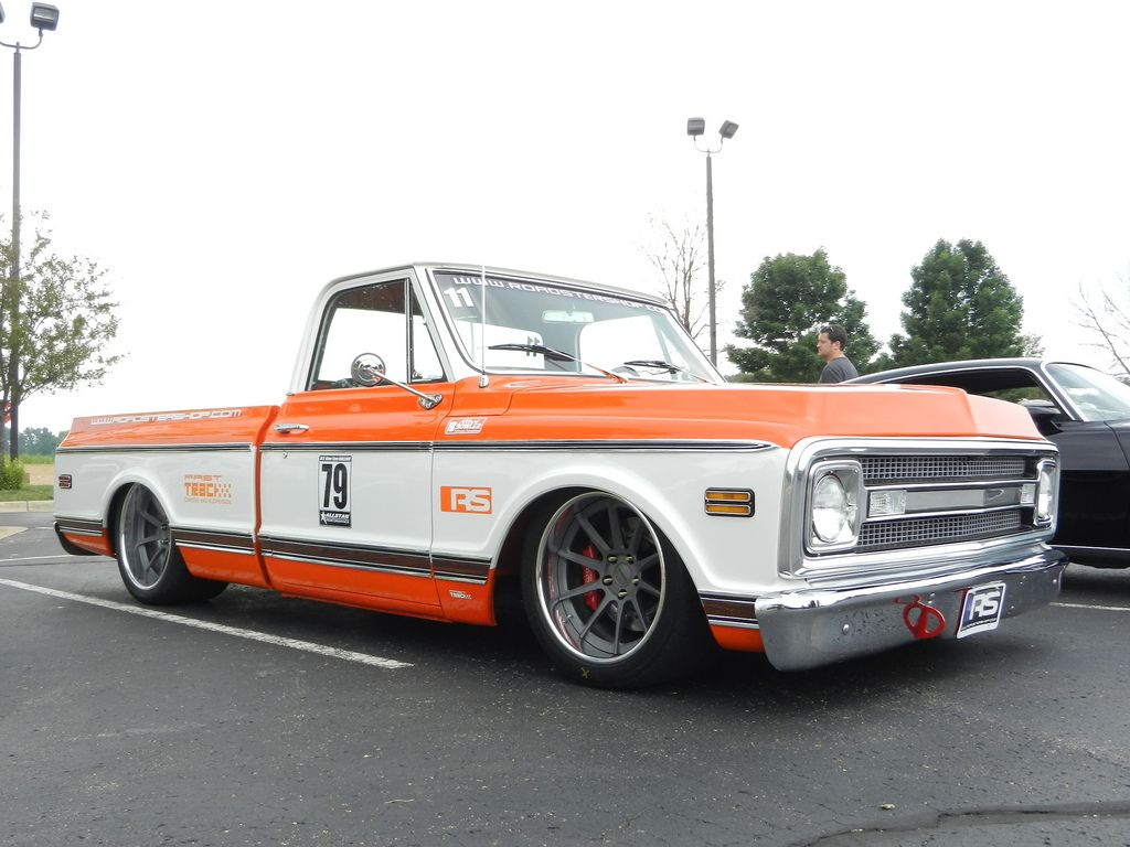 Who likes fast trucks the roadster shop s 1970 chevy c 10 is turning heads