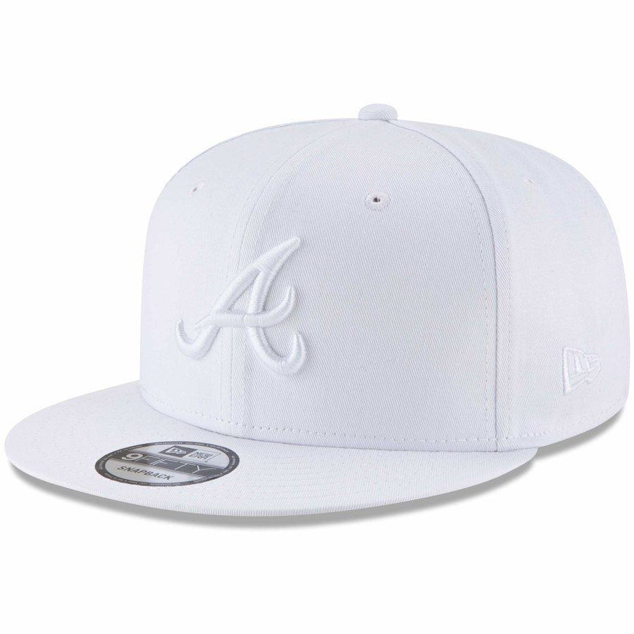 separation shoes 1622f a5818 Men s Atlanta Braves New Era White Basic 9FIFTY Adjustable Snapback Hat,   29.99