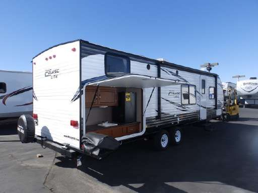 Travel Trailer Rvs Motorhomes For Sale New Or Used On Rv Trader Travel Trailers For Sale Travel Trailer Buy Used Cars