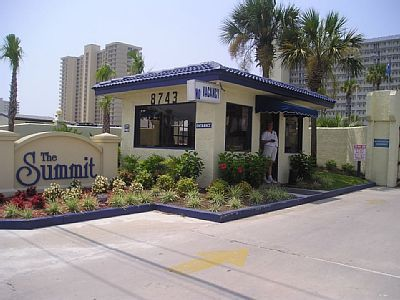 Welcome To The Summit Resort 8743 Thomas Drive Panama City Beach Florida The Summit Is A Gated Security Panama City Panama Panama City Beach Fl Vacations