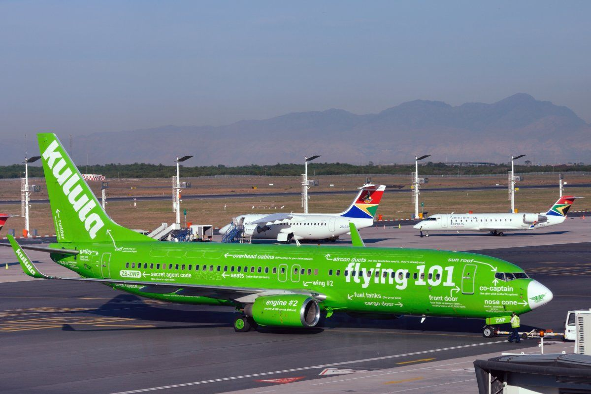 The 15 Coolest Airline Paint Jobs In the World Low cost