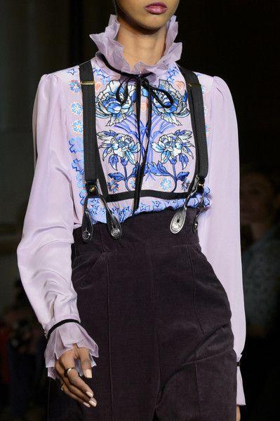 Temperley London at London Fashion Week Fall 2017 - Details Runway Photos