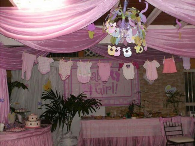 Baby shower clothesline baby shower girl pinterest for Baby clothesline decoration