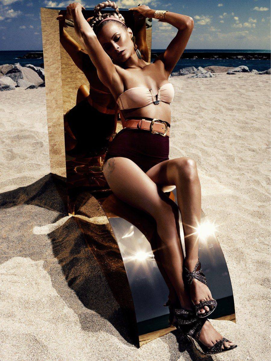 Carolyn Murphy by Alexi Lubomirski for Vogue Germany June 2012 7