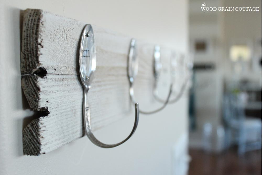 DIY Spoon & Pallet Hook Rack