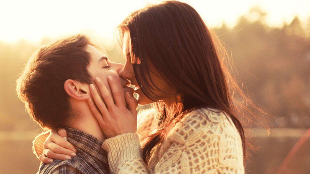 Eine Hochschuldozentin macht den Test: 36 intime Fragen und intensiver Augenkontakt reichen aus, damit sich das Gegenüber verliebt.