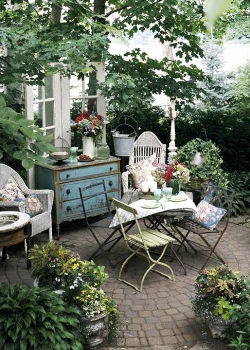 Images Of English Country Decor | Beautiful English Style Garden, No  Sun,not Fun. Outdoor ...