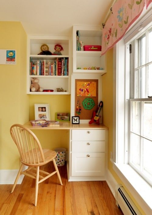 Storage Area And Study Room: Very Cute Way To Make A Study Nook Not Take Up Too Much
