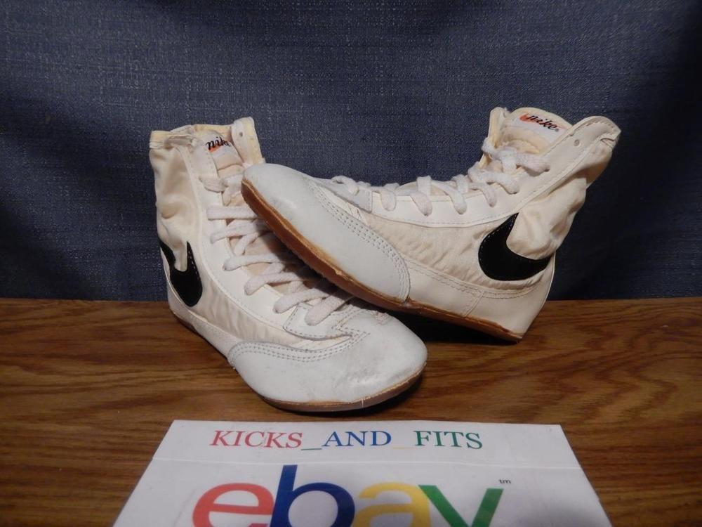 1660543fa50278 VTG OG Nike Greco Wrestling Shoes size 5 White Black Taiwan R.O.C. Cursive   Nike  AthleticSneakers