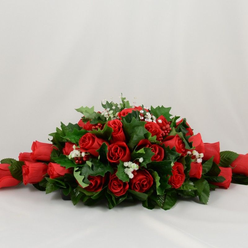 Red rose christmas wedding table decoration arrangement christmas red rose christmas wedding table decoration arrangement junglespirit Image collections