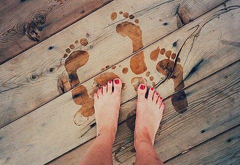 実は、脚より'足'に悩んでます。女の子のためのフットトラブル対策室* MERY [メリー]