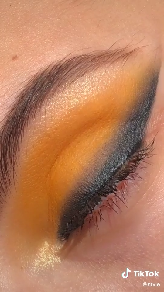 Photo of SIMPLE MAKEUP