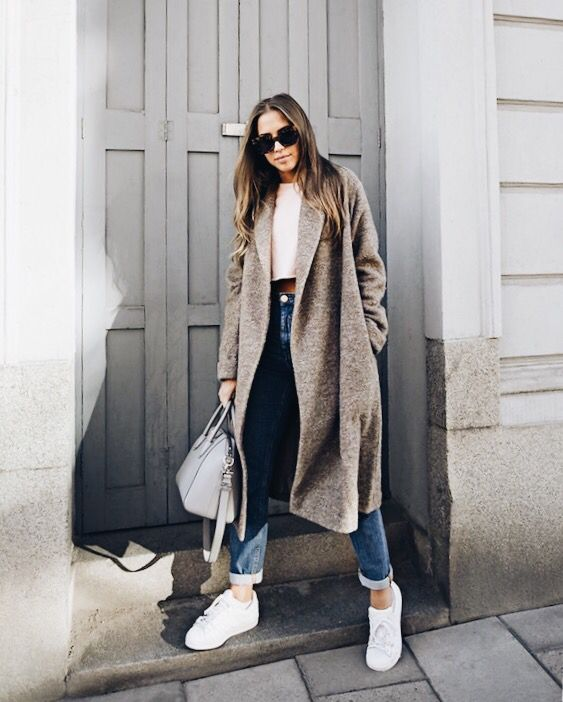 Pair A Long Coat With Cufffed Jeans And Simple Sneakers