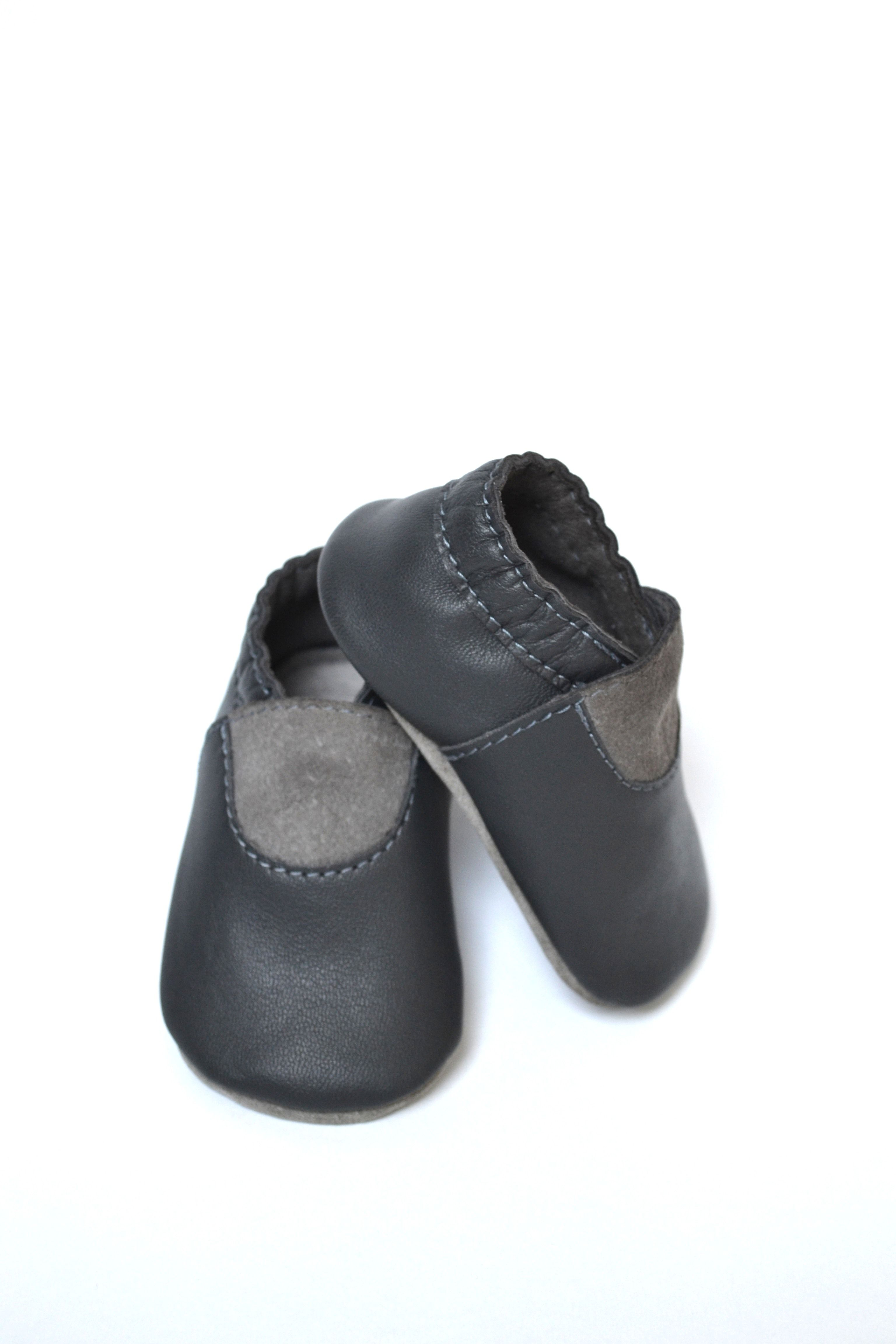 Baby leather moccasins Gray baby shoes Baby boy moccasins Gender