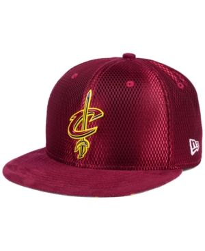 best service ecaf0 39fcf New Era Cleveland Cavaliers On-Court Collection Draft 59FIFTY Fitted Cap -  Red 7 5 8
