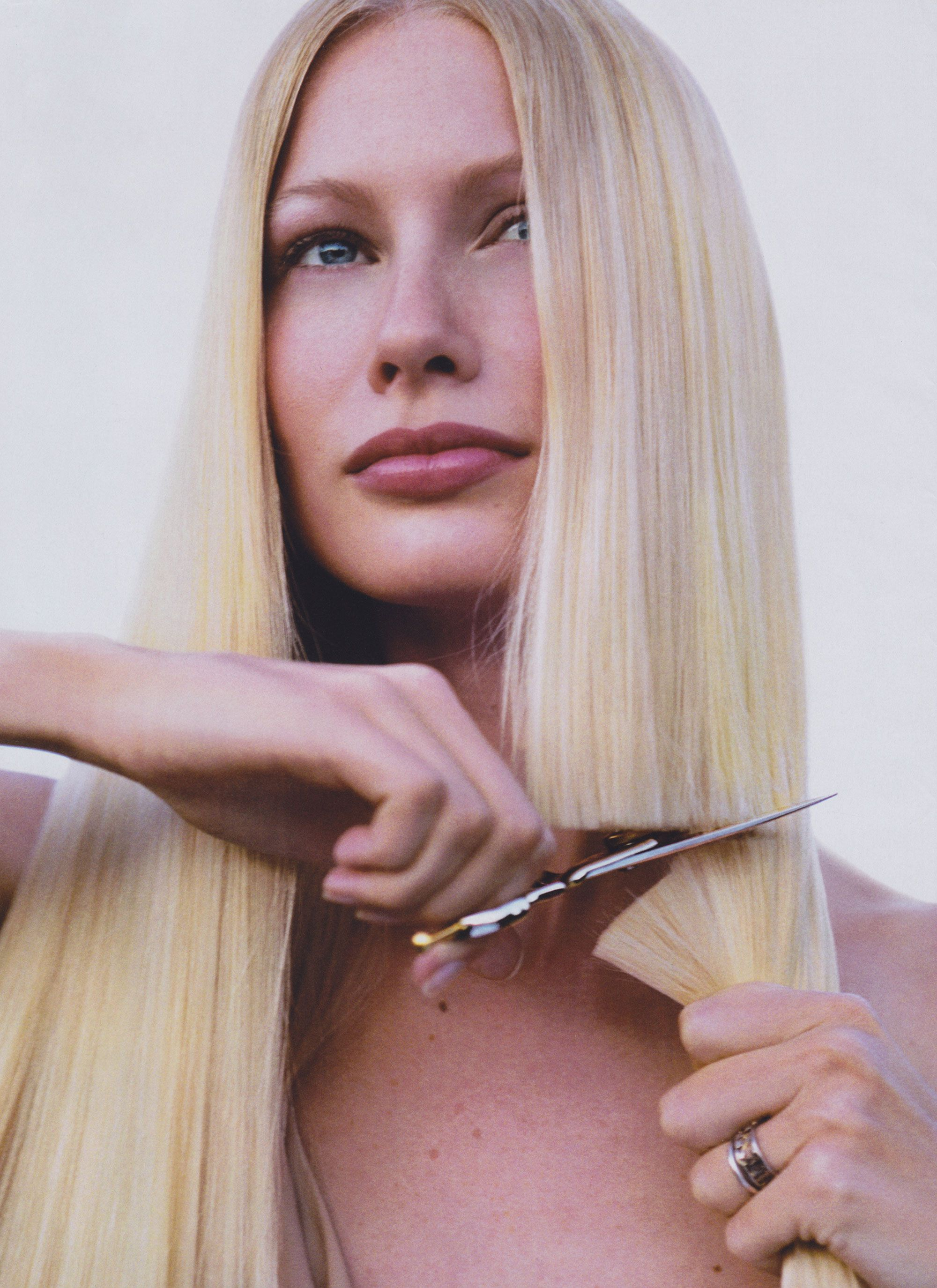 40 spectacular blunt bob hairstyles the right hairstyles - Bring Back The Blunt Cut Why One Length Hair Is Everything