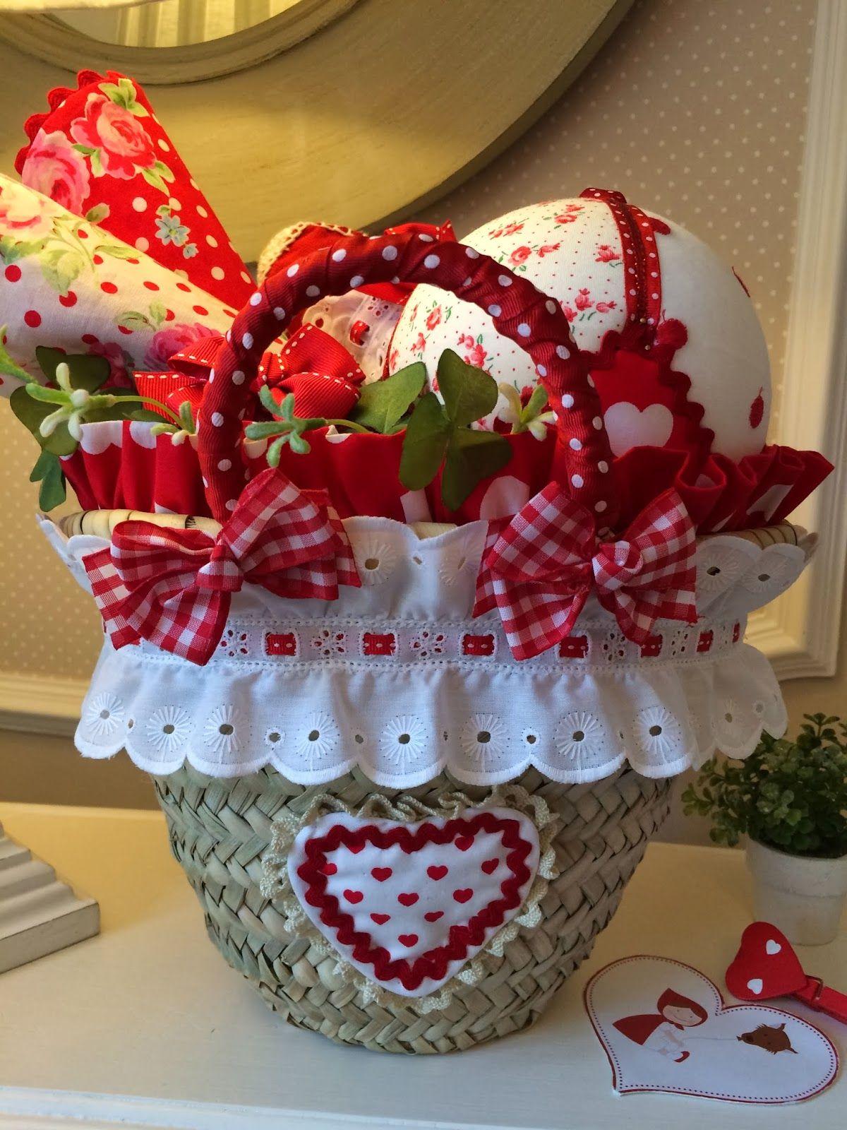 Caperucita roja cestos de paja toallas pinterest - Cestos de mimbre decorados ...
