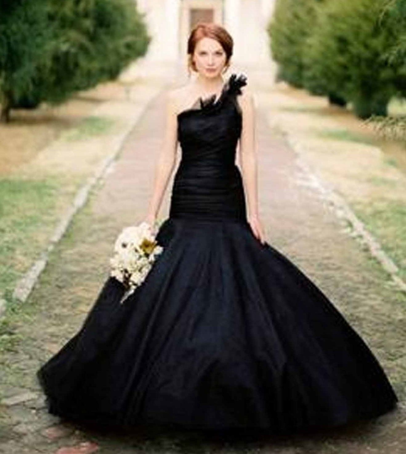 Black Is The New White Gowns For Halloween Weddings Wedding Vera Wang Photographed By Jose Villa Love Unconventional