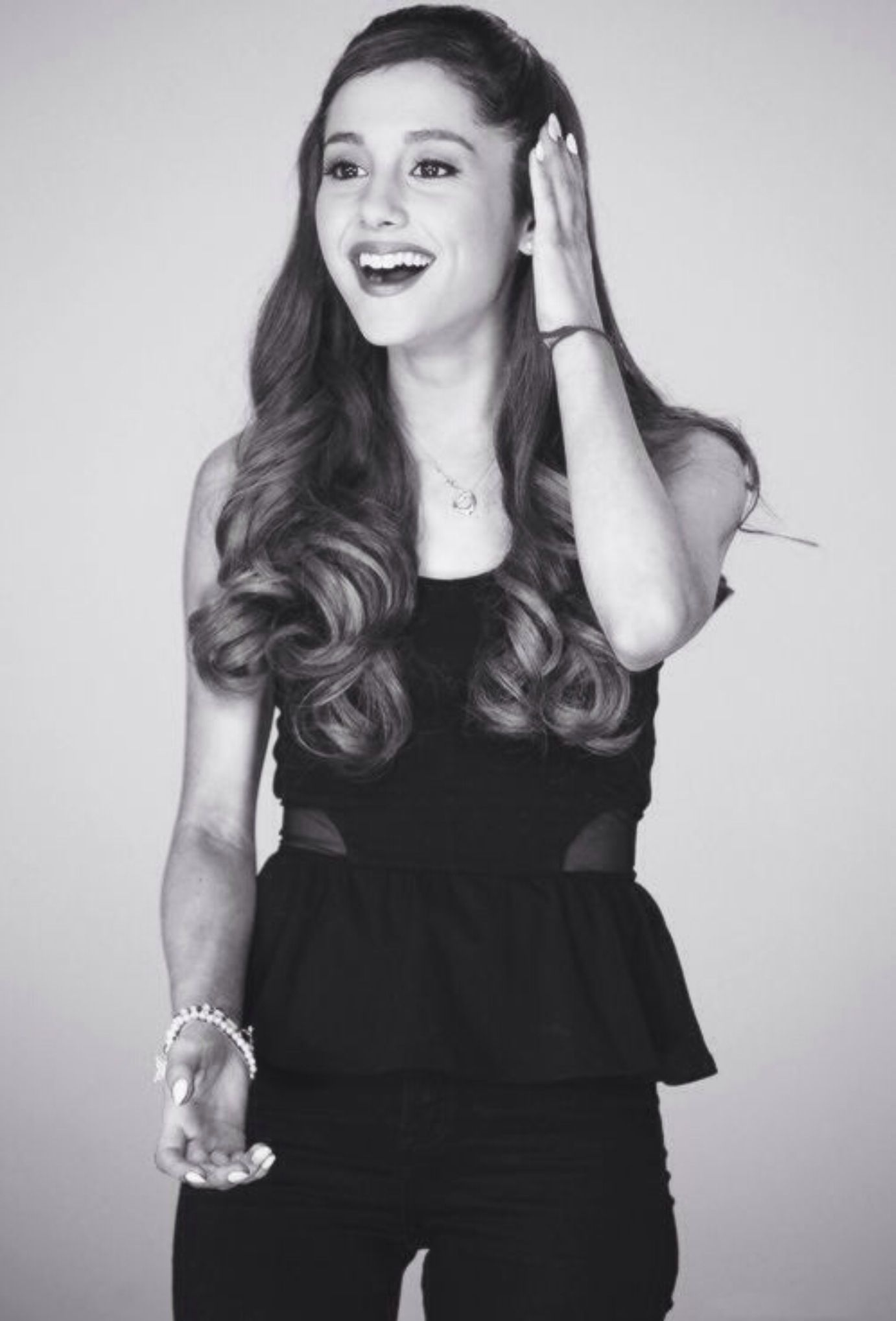 Ariana grande's hair is far too bomb