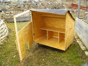 mobiler h hnerstall hendln pinterest h hnerstall h hner und mobiler h hnerstall. Black Bedroom Furniture Sets. Home Design Ideas