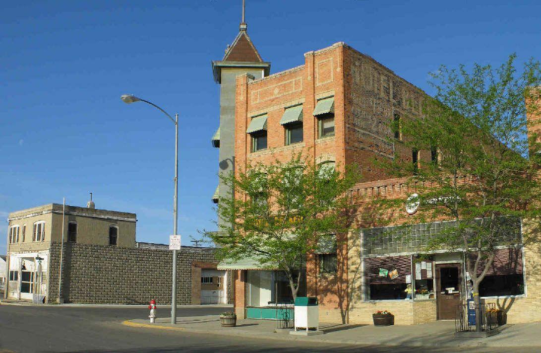 The Becker Hotel In Hardin Montana