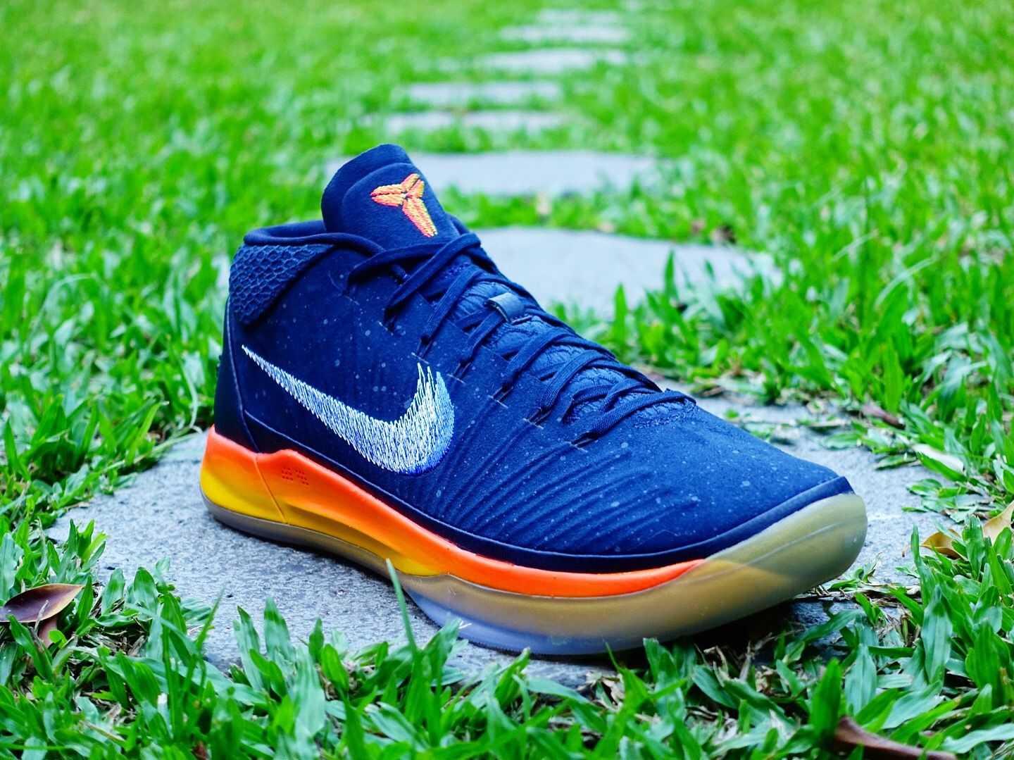 """uk availability 37842 8ff53 """"Rise"""" from the death. Mamba mentality is continuing... ••• Nike Kobe AD EP  Mid """"Rise"""" 922484-401 Available now at id4shoes."""