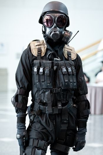 I Find This Guy So Hot And I Cant Even See His Face Its The Uniform
