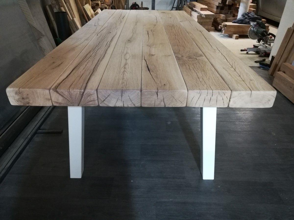 Plateau de table en bois réalisé sur-mesure à partir de larges