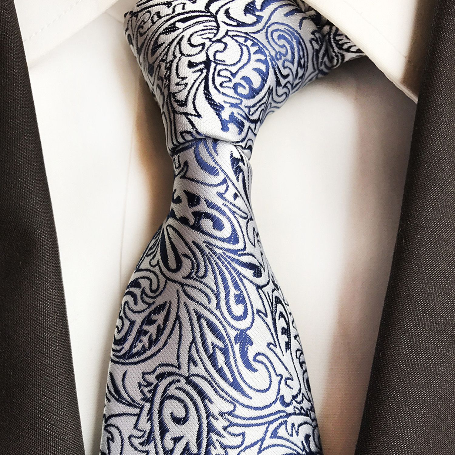 Jon Design Tie // Pink If clothes make the man, then the