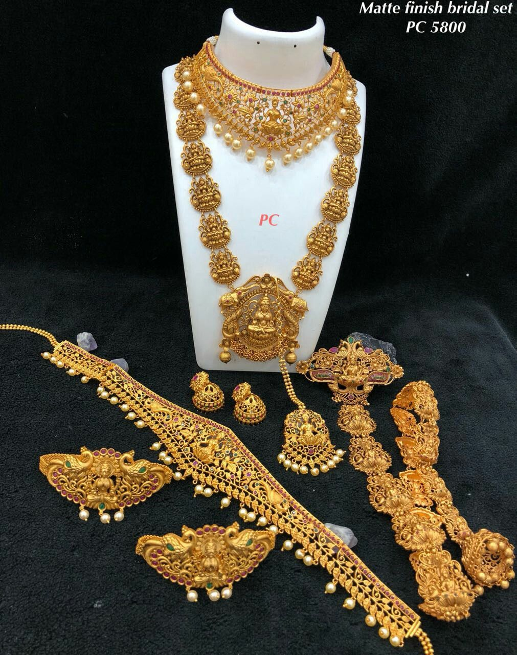 Pin By Southindian Jewellery On South Indian Bridal Sets Indian Brides Jewelry Bride Jewellery Baby Jewelry Gold