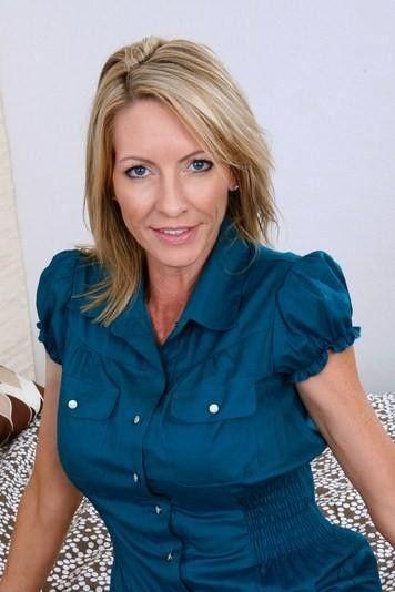 Emma Starr nude 977