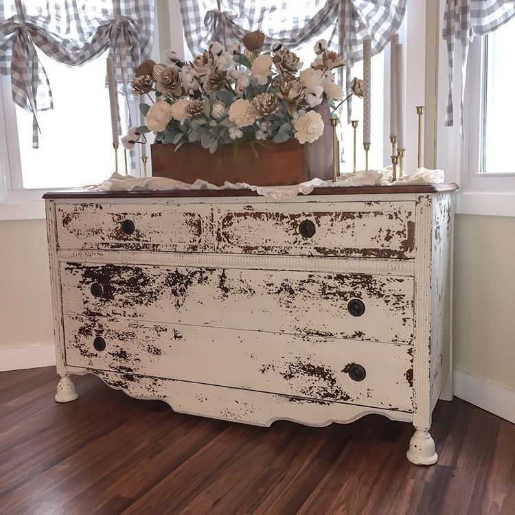 Chippy Heaven Available Now Mmsmilkpaint Farmhouse