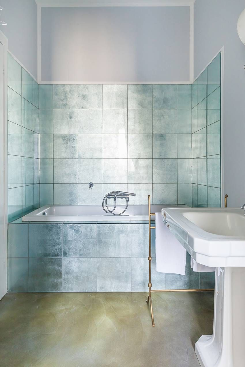 15 Insanely Chic Italian Homes That Are Available To Rent On Onefinestay Italian Interior Design Italian Bathroom Design Italian Bathroom