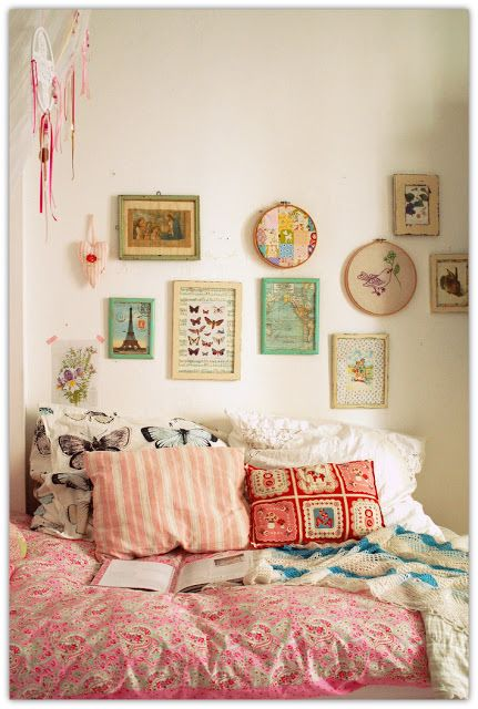vintage girly apartment | girly handmade details simple ...
