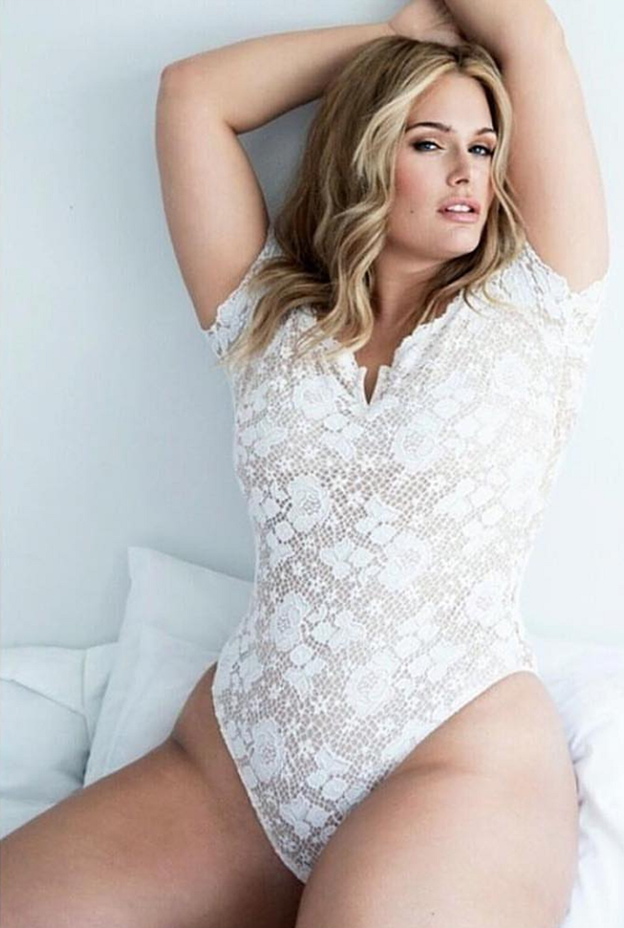 Boobs Laura Bach naked (16 photo), Topless, Paparazzi, Instagram, underwear 2017