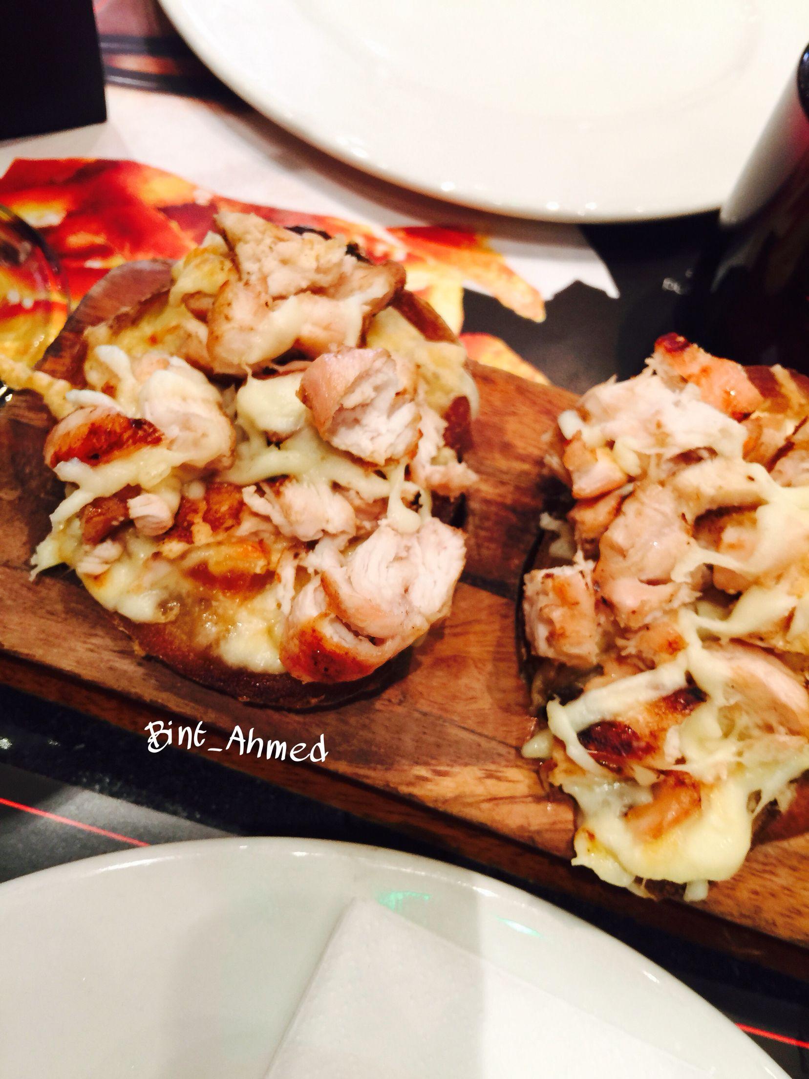 Restaurant Italian Chicken Cheese Food Delicious Oxford Street London Bread Food Yummy Food Delicious