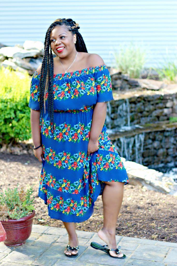 c3882fa2575d4 Lifestyle blogger Sandee Joseph of CurvEnvy wearing OldNavy Off SHoulder  Dress