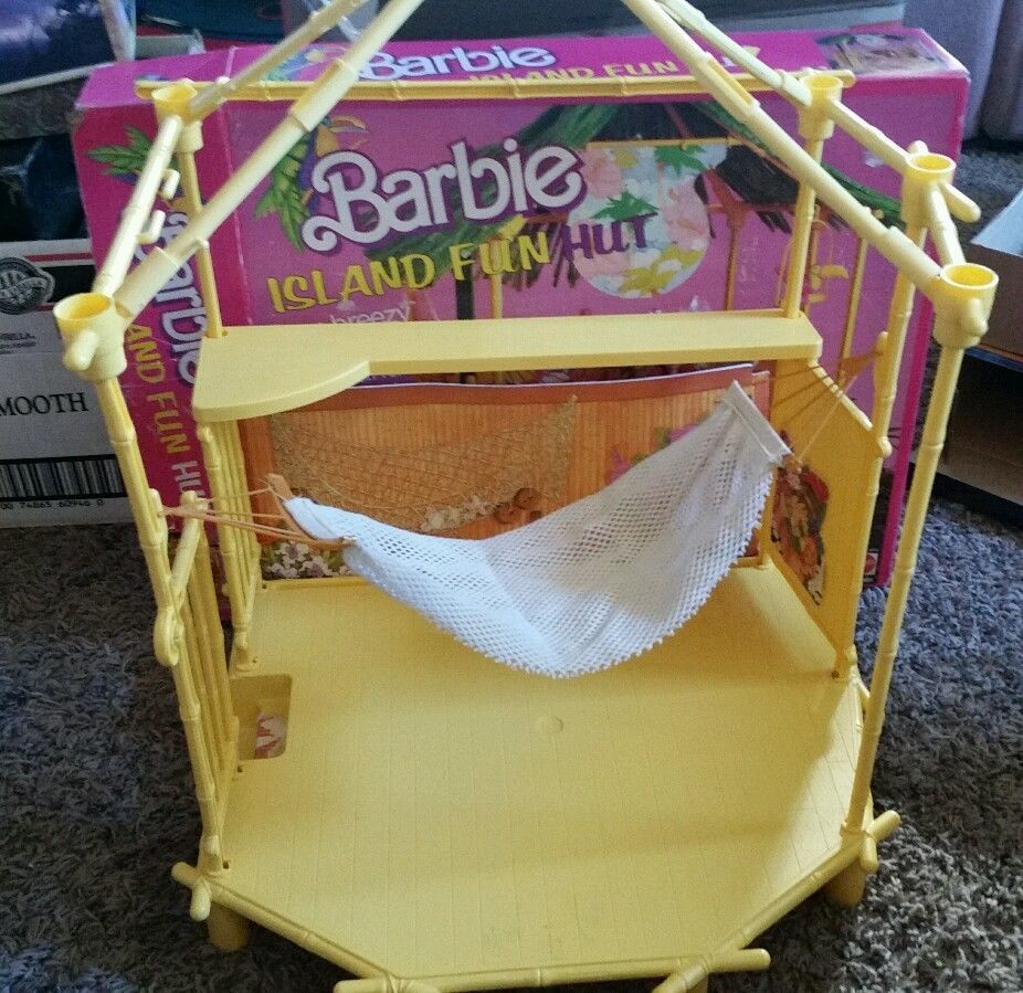 barbie island fun hut barbie u0027s backyard pinterest barbie