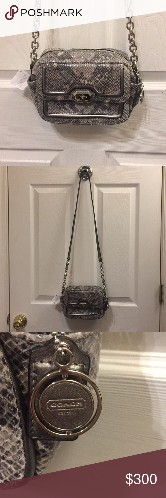 NWT Coach CMB EX LTH CAMERA purse NWT Coach SV/GY purse. This is so cute! Coach Bags Crossbody Bags #camerapurse