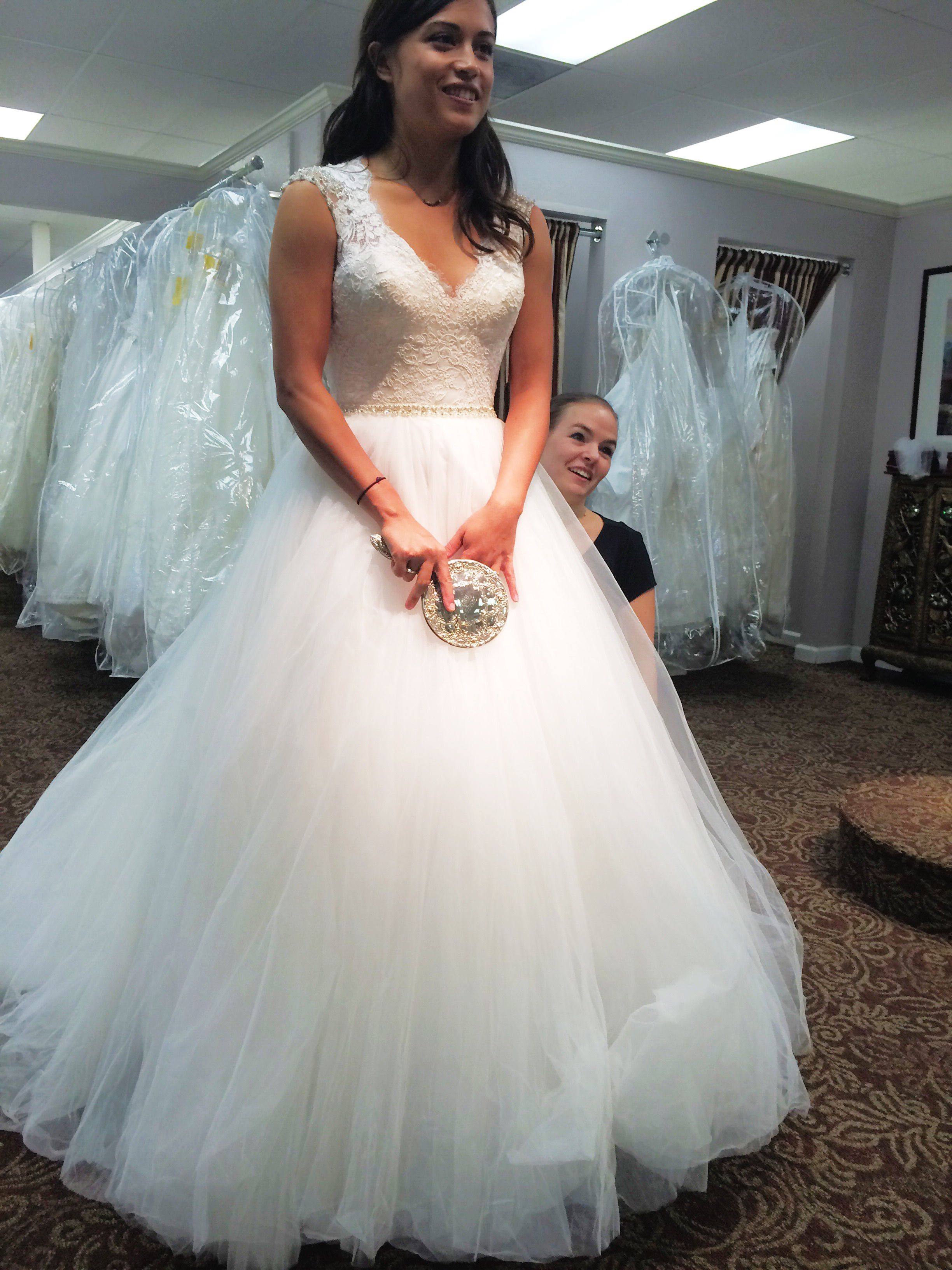 Allure brides! Show me pics ) Also, anyone try on 9162