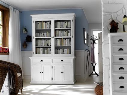 Klassischer Vitrinen Geschirrschrank mit vier Türen und