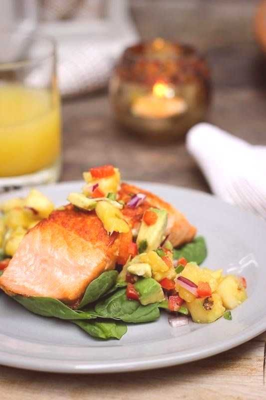 #howtomakesalmon #searedsalmonre #pineapple #fitness #seared #salmon #salsa #make #nerd #how #pan #a...
