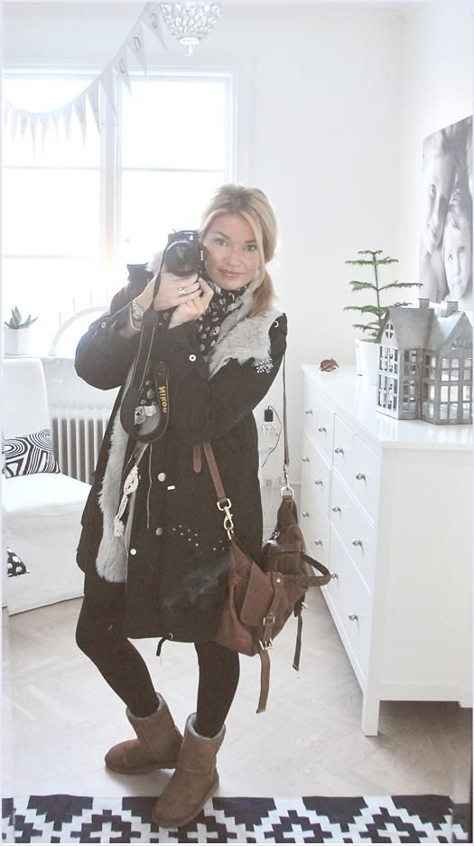 love Petra, love her jacket and purse.