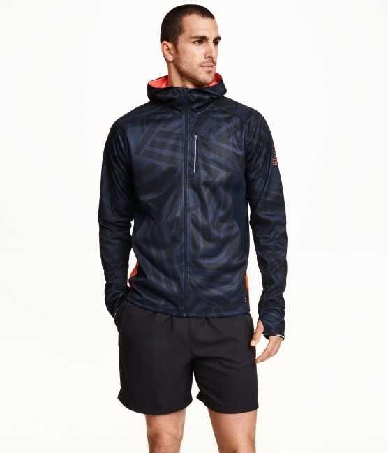 Sportmode von H M findet Ihr bei uns in der  EuropaPassage   EuropaPassageHamburg  Mode  Outfit  style  fashion b35fcac25b