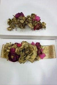 Tocado y cinturón Lamatte en dorado envejecido y flores buganvilla