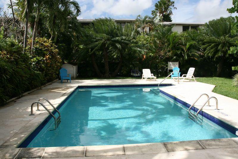 Maple Gardens No. 19 is a Barbados apartment for long term