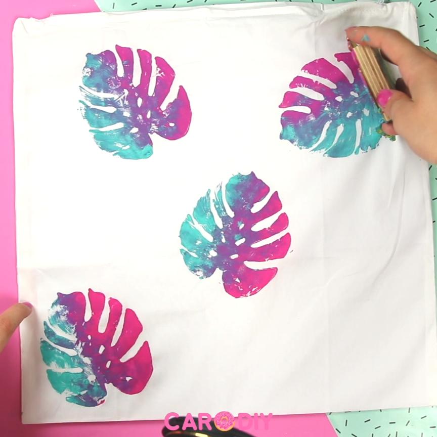 So Einfach Konnt Ihr Euch Textil Stempel Aus Moosgummi Selber Machen