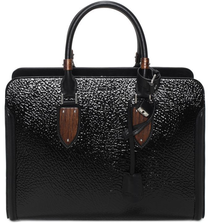 Wood Plate Heroine Open Tote | #Chic Only #Glamour Always