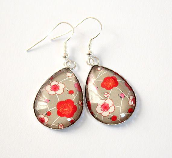 boucles d oreilles goutte en verre papier japonais fleurs sakura - beige  rouge ivoire 8fc766463ca
