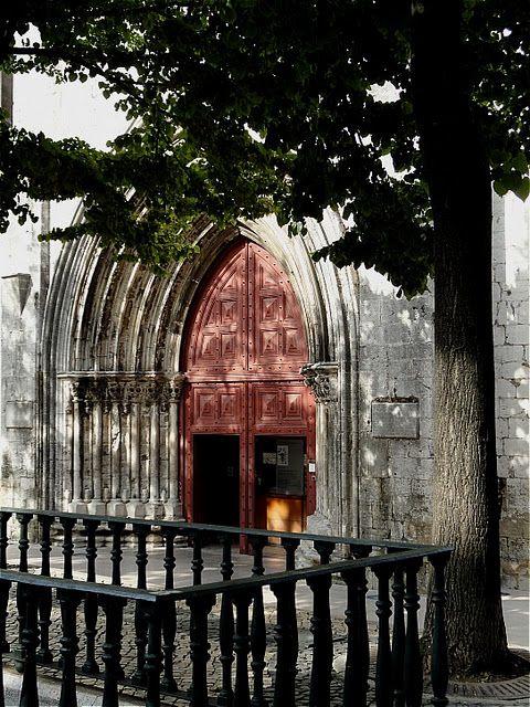 Carmo Convent 1389 And Fountain Lisbon House Styles
